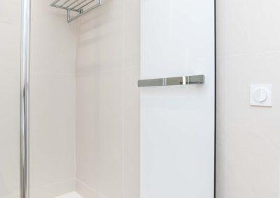 salle d'eau blanche-5